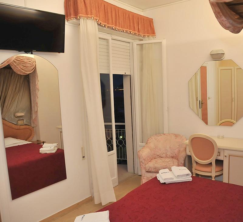 Hotel 3 Stelle Cattolica Camera Matrimoniale con Balcone